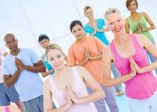 Grupo de povos saudáveis na aptidão Fotografia de Stock