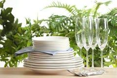 Grupo de pratos limpos foto de stock