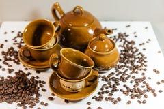 Grupo de pratos para o café Grupo de café Café imagens de stock