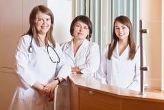 Grupo de profesionales del cuidado médico Fotos de archivo