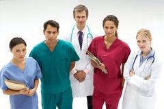 Grupo de profesionales médicos Imágenes de archivo libres de regalías