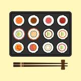 Grupo de projeto liso da culinária japonesa dos rolos de sushi Imagens de Stock Royalty Free