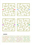 Grupo de quatro moldes do jogo do labirinto com respostas Imagem de Stock