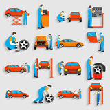 Grupo de reparo do serviço do carro do auto mecânico e Fotografia de Stock Royalty Free