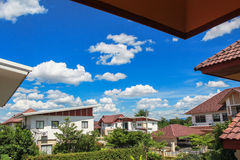 Grupo de residencial proximamente suburbano Imagem de Stock Royalty Free