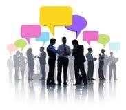 Grupo de reunión de negocios con las burbujas del discurso Fotos de archivo libres de regalías