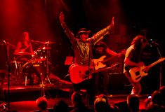 Grupo de rock americano Jason & os Scorchers Fotos de Stock Royalty Free