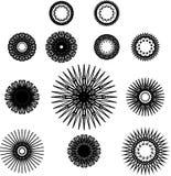 Grupo de símbolos do spirograph Flores, estrelas e flocos de neve pretos do esboço Imagem de Stock