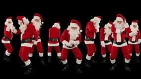 Grupo de Santa Claus Dancing Against Black, fundo do feriado do Natal, Alpha Matte, metragem conservada em estoque filme