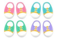 Grupo de sapatas do esporte do bebê Calçados para crianças Imagem de Stock