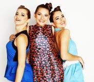 Grupo de señoras elegantes diversas en vestidos brillantes en wh Fotos de archivo libres de regalías