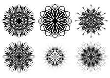 Grupo de seis formas do spirograph Elementos do design web isolados no fundo branco Esboço preto e branco Flores e flocos de neve ilustração stock