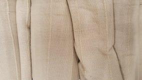 Grupo de selección marrón del rollo de la tela/de acción de la tela gris para el negocio del diseño de la moda Fotografía de archivo