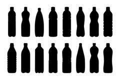 Grupo de silhuetas das garrafas de água, ilustração do vetor Imagens de Stock