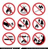 Grupo de sinais abertos da proibição do fogo Fotos de Stock Royalty Free