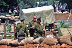 Grupo de soldados-reenactors Portait de Outroods fotografía de archivo libre de regalías