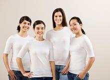 Grupo de sonrisa feliz de los amigos imagen de archivo