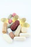 Grupo de suplementos del alimento de las píldoras de la vitamina Imágenes de archivo libres de regalías