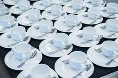 Grupo de tazas de café vacías Imágenes de archivo libres de regalías