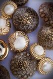 Grupo de teclas douradas do vintage fotos de stock