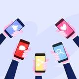 Grupo de telefone celular da terra arrendada da m?o Smartphone com ?cone ilustração stock