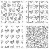 Grupo de testes padrões sem emenda do vetor com corações Fundo com símbolos decorativos tirados mão e elementos decorativos Repre Fotos de Stock Royalty Free