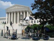 Grupo de tevê na corte suprema, C.C. de Washington fotografia de stock