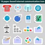 Grupo de uma comunicação de papel do Internet dos ícones Fotografia de Stock Royalty Free