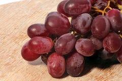 Grupo de uvas vermelhas Imagens de Stock Royalty Free