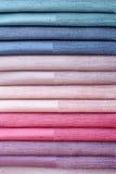 Grupo de matérias têxteis da cor Foto de Stock