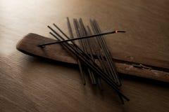Grupo de varas do incenso imagens de stock