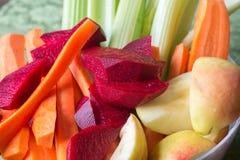 Grupo de vegetais crus e de frutos Imagens de Stock