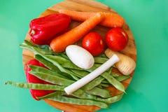 Grupo de vegetais & de x28; tomates, alho-porros, aipo, vegetables& x29 da raiz; FO Imagens de Stock Royalty Free