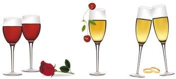 Grupo de vidros com bebidas e acessórios. Fotografia de Stock Royalty Free