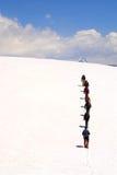 Grupo del alpinista de la cumbre imagen de archivo libre de regalías