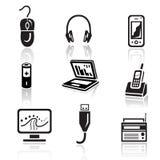 Grupo do ícone da eletrônica Sinal preto no fundo branco Foto de Stock Royalty Free