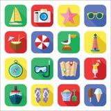 Grupo do ícone das férias de verão em um projeto liso Fotografia de Stock Royalty Free