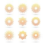 Grupo do ícone de Sun isolado no fundo branco Fotografia de Stock