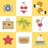 Grupo do ícone do verão Tendência lisa do projeto Ilustração do vetor Imagens de Stock