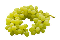 Grupo do close-up verde maduro e suculento das uvas em um fundo branco Imagens de Stock Royalty Free