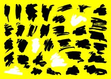 Grupo do curso da escova do preto do vetor da pena da tinta do Grunge imagem de stock royalty free