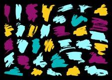 Grupo do curso da escova do preto do vetor da pena da tinta do Grunge fotografia de stock