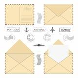 Grupo do envelope do correio Envelopes do correio do vintage com selos postais, quadros e letra vazia ilustração stock