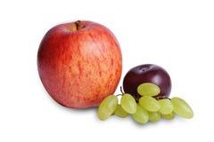 Grupo do fruto de Apple, da ameixa & das uvas Fotos de Stock Royalty Free