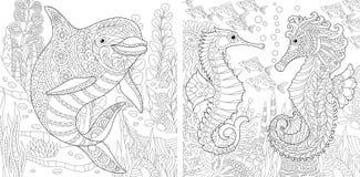 Grupo do golfinho e do cavalo marinho de Zentangle ilustração do vetor