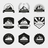 Grupo do logotipo do vetor da montanha alta Fotografia de Stock Royalty Free