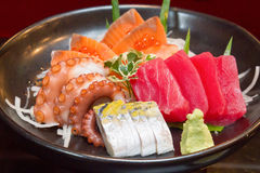 Grupo do sashimi do marisco cru foto de stock royalty free