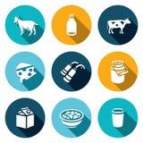 Grupo do vetor de ícones dos produtos de leite Animal, garrafa, gado, fatura de queijo, ordenhando, capacidade, empacotando, quei ilustração do vetor