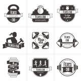 Grupo do vetor de esportes e de logotipo do clube de aptidão, de etiquetas atléticas e de moldes dos crachás Fotografia de Stock Royalty Free