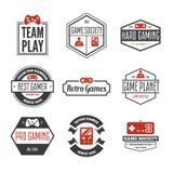 Grupo do vetor de manche do jogo do jogo no estilo do vintage Projete os elementos, os ícones, o logotipo, os emblemas e os crach ilustração royalty free